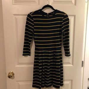 Forever 21 M navy and yellow longsleeve dress